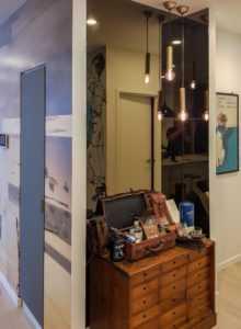 alcove mirror wall