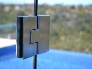 frameless glass-door
